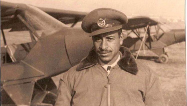 Dünyanın İlk Siyahi Pilotu Ahmet Ali Çelikten'in Hayatı